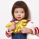 サランがモデル!秋山とSHIHOのカワイイぱっつんの娘が大人気