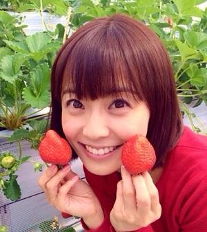 イチゴが似合う小林麻耶