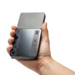 アイフォン連動190gの小型プロジェクターが登場。おすすめ度120%