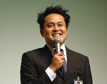 ローラ 熱愛 有田哲平