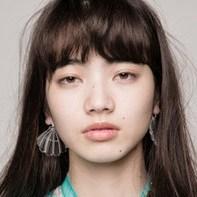 小松菜奈 目が死んでる