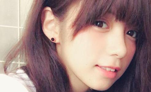 池田エライザ いじめ ハーフ